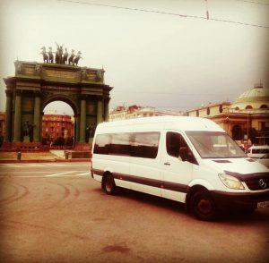 Автобус Москва-Питер